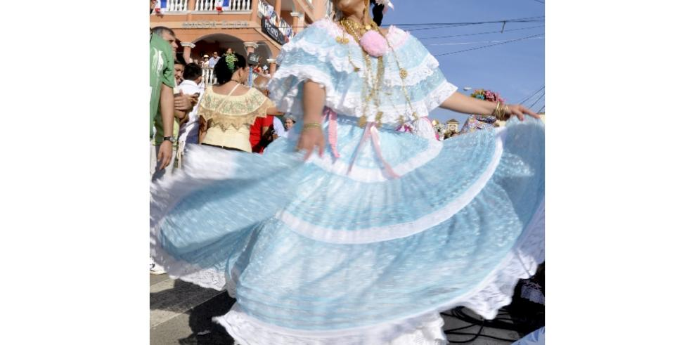 Solo restan tres días para la inscripción en el Desfile de las Mil Polleras