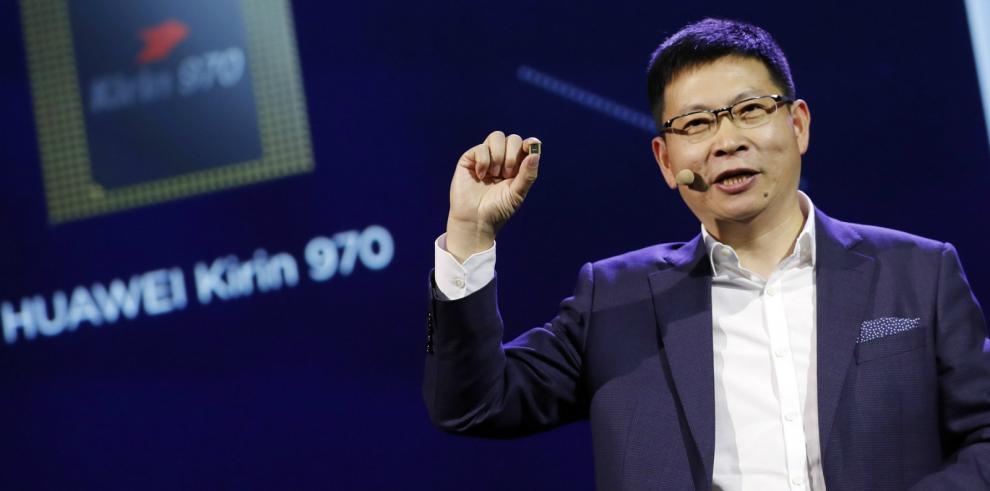 Huawei lanza el primer procesador móvil que soporta inteligencia artificial