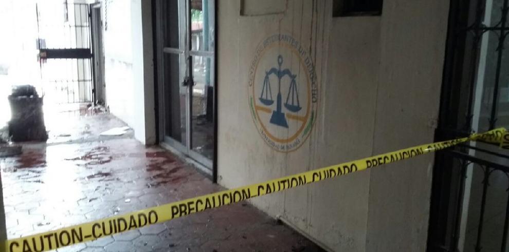 Se incendia el Centro de Estudiantes de la facultad de Derecho de la UP