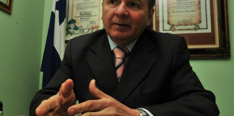 Elías Castillo hizo duras críticas al ministro del MIDA