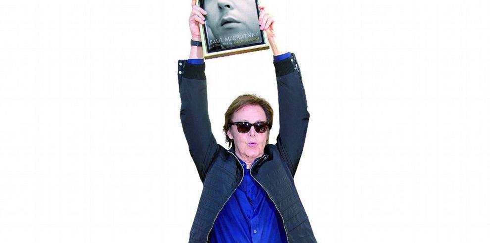 'Paul McCartney': 800 páginas para resarcir al hombre detrás del genio