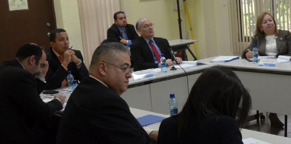 Pacto por la Justicia entrega propuesta de Código Constitucional