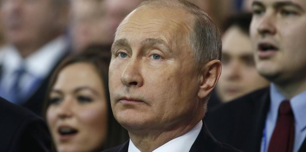 Navalni llama al boicot electoral tras culpar a Putin de su inhabilitación