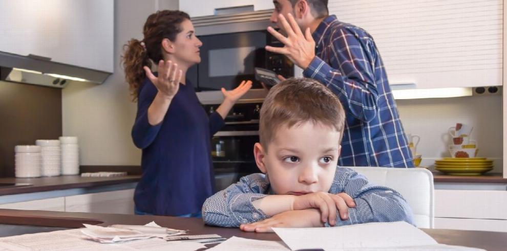 Los estragos del mal humor de los padres