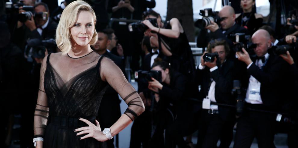 Charlize Theron se siente 'culpable' de pertenecer a una industria del cine que discrimina a las mujeres