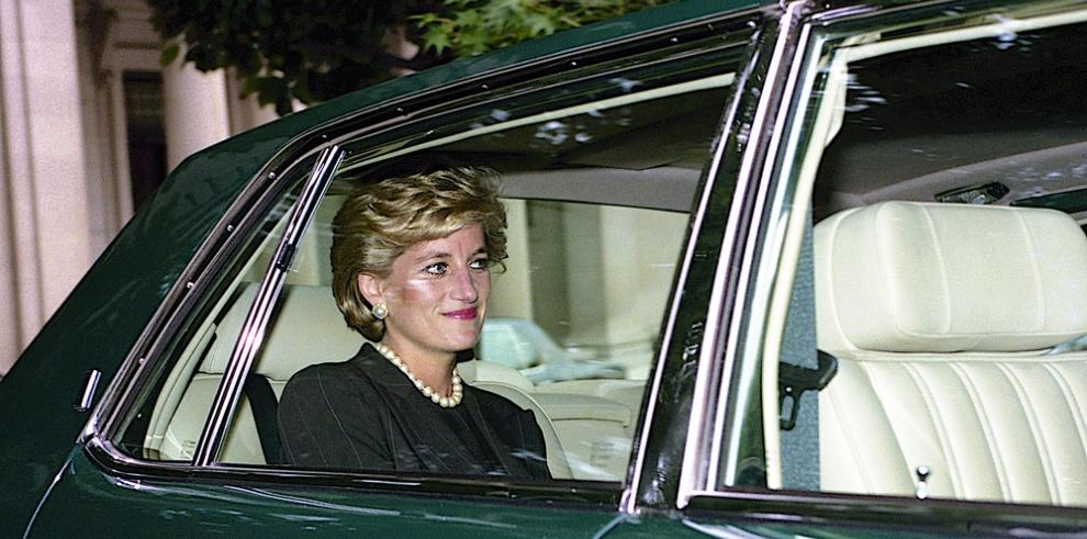 Pertenencias de Lady Di se expondrán en el Palacio de Buckingham