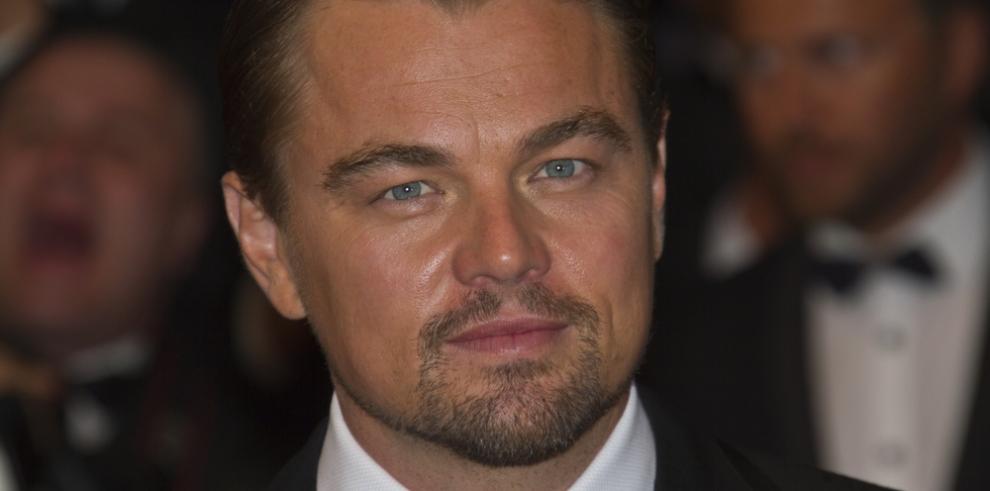 Leonardo DiCaprio volará en una aerolínea comercial