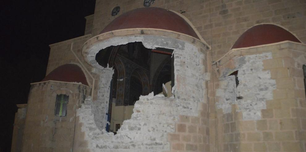 Fuerte terremoto deja dos muertos en isla griega de Kos