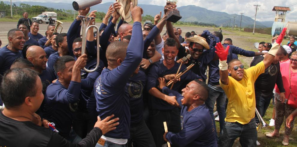 Las 'Bandas de Guerra' que buscan la paz dentro del penal