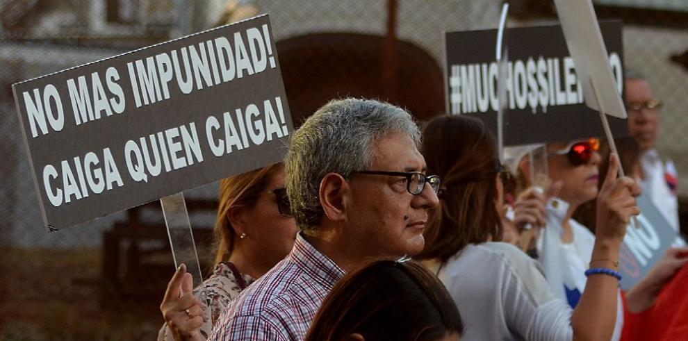 Ciudadanía presiona para que se investiguen los actos de corrupción