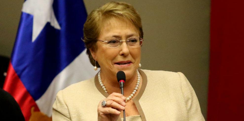 Guillier propone nueva economía para Chile