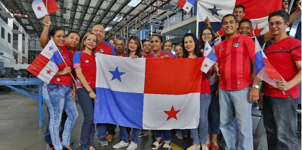 Personal de La Estrella de Panamá: apoyo total a 'La Sele'
