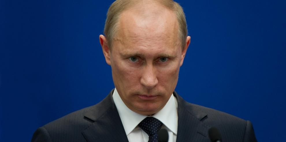 Tres mujeres desafían a Putin en las presidenciales