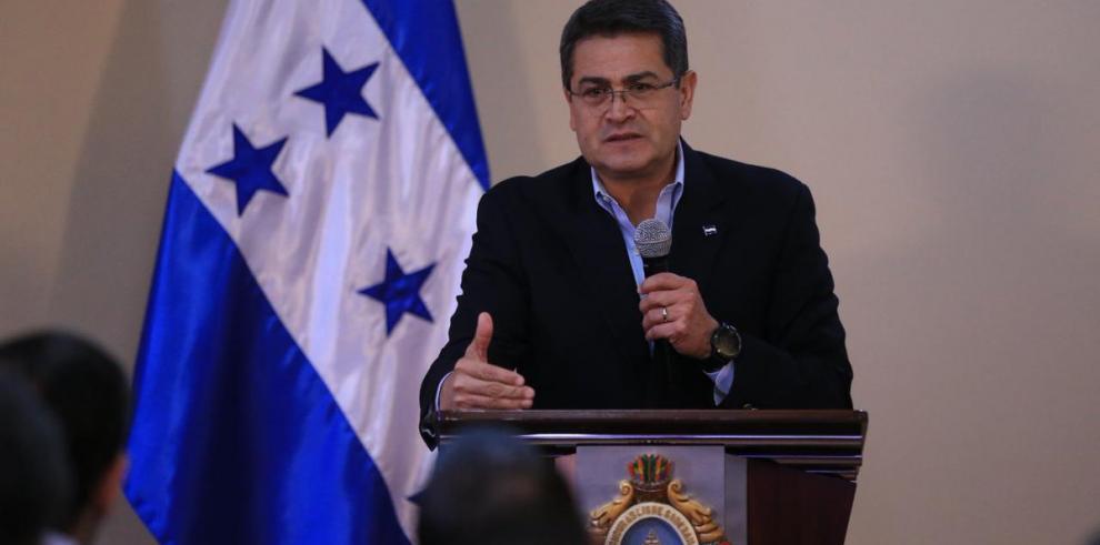 Equipo forense viaja a sitio accidente helicóptero dejó 6 muertos en Honduras