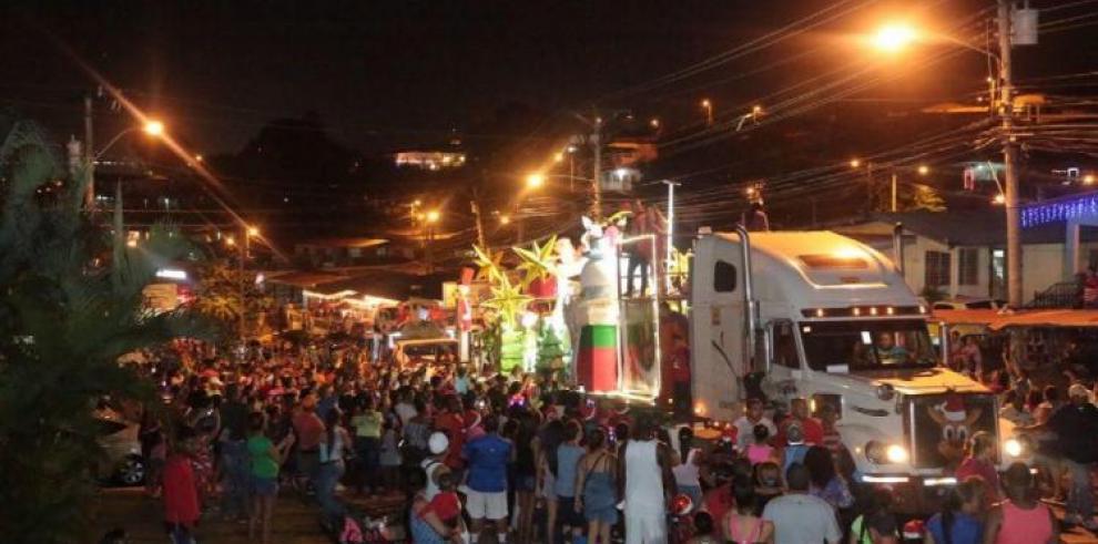 Prohíben venta y consumo de licor en el desfile de navidad en San Miguelito