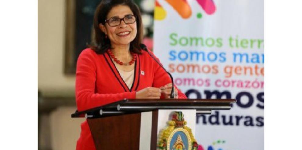 Hermana del presidente hondureño y otras 5 personas mueren en accidente aéreo