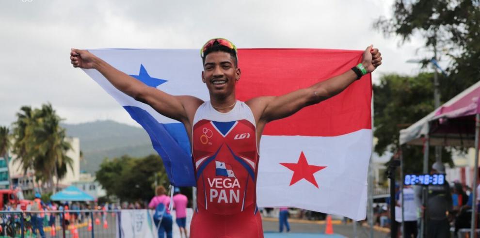 Panamá y Costa Rica se llevan el oro en triatlón de los Centroamericanos