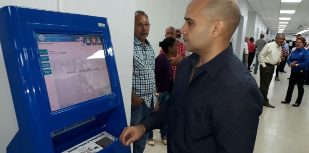 Asegurados podrán verificar desde hoy sus citas en los kioscos digitales