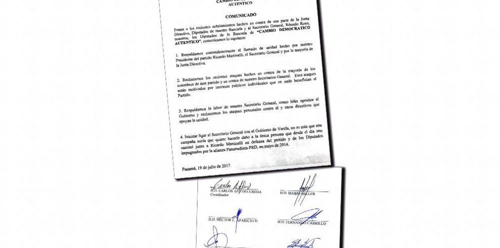 Roux recibe respaldo de diputados 'fieles' a Martinelli