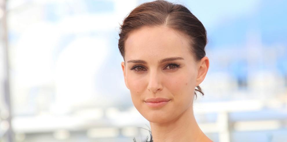 La actriz Natalie Portman gana el Premio Genesis