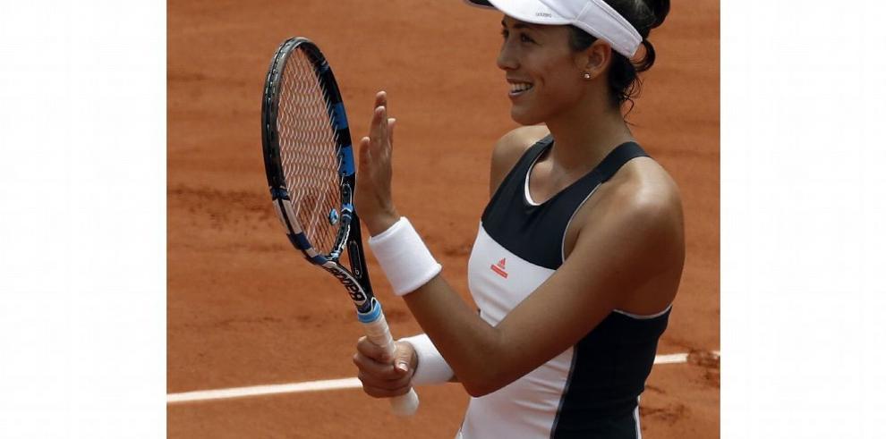 Muguruza sigue avanzando en Roland Garros