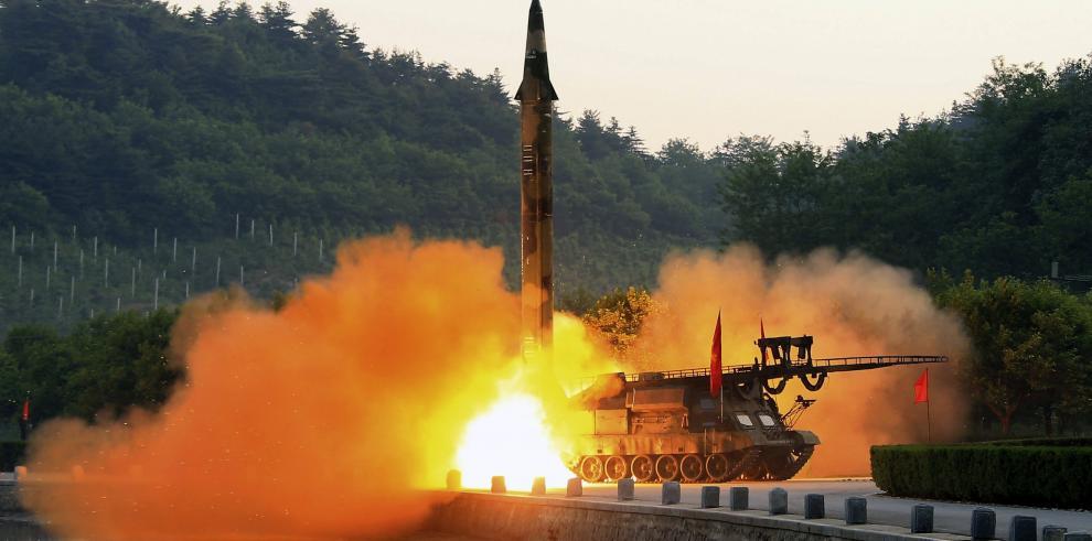 Corea del Norte realiza un nuevo ensayo múltiple de misiles