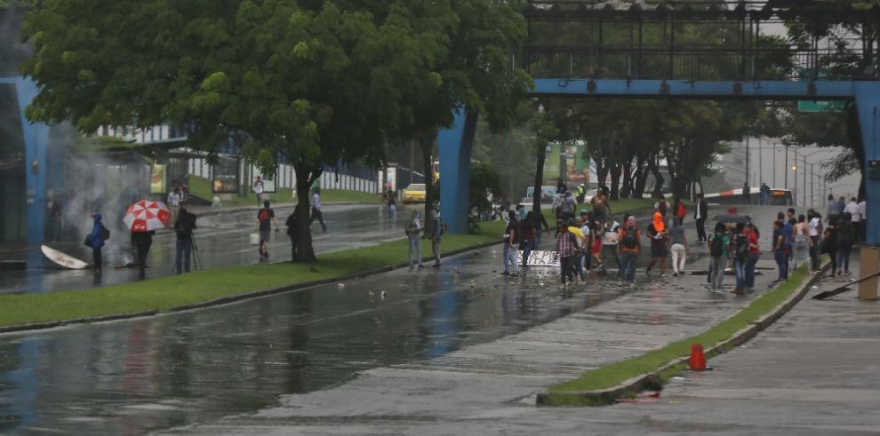 Universitarios exigen más celeridad en el casoOdebrecht
