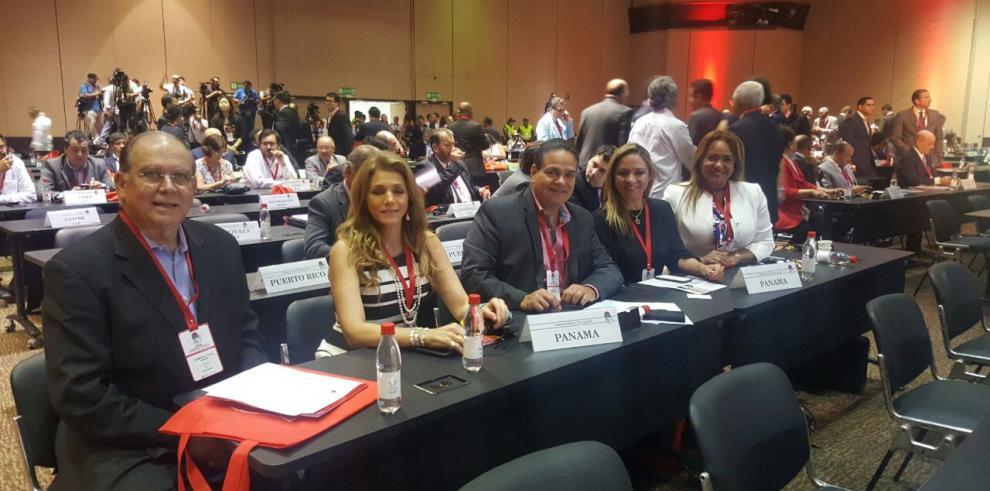 PRD participa en Congreso Mundial Internacional Socialista
