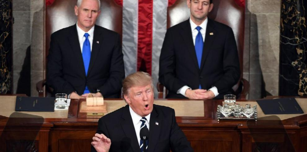 Spicer: Discurso del presidente tuvo una 'respuesta positiva'