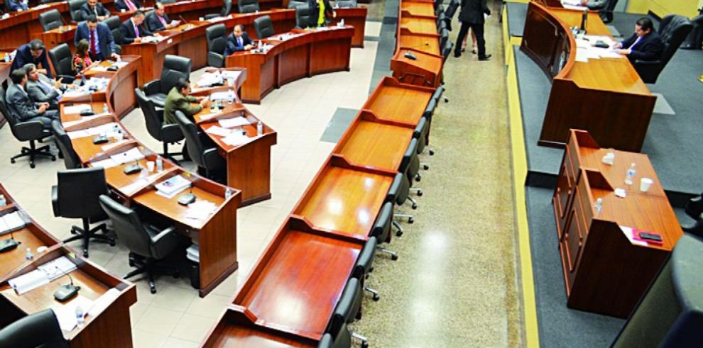 Propuesta de ley busca estabilidad para los abogados