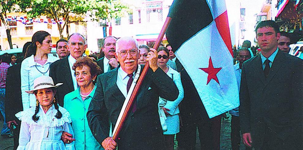 Carlos Iván Zúñiga y su primera lucha nacionalista