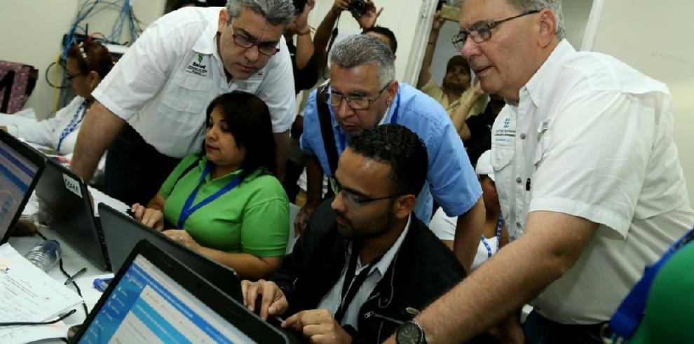 Plataforma electrónica de la AIG se estrena en el mega censo de salud