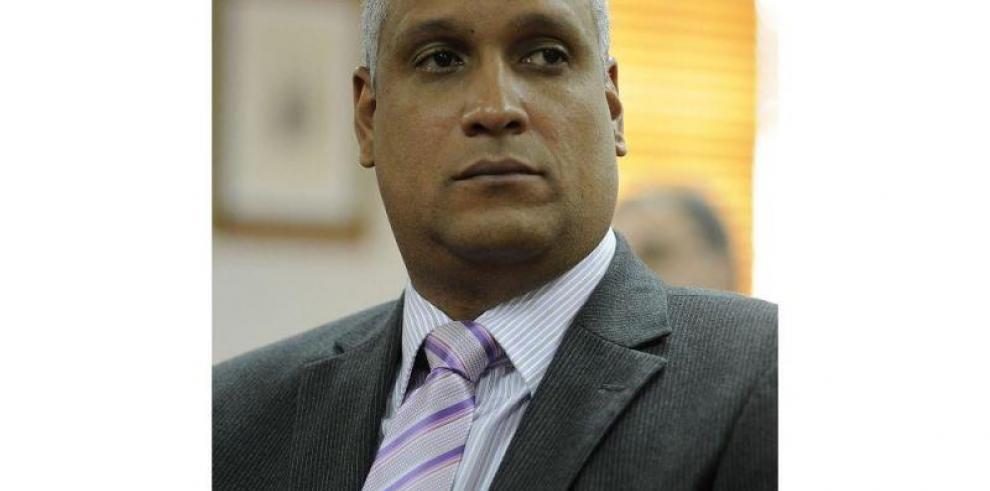 Demanda contra 'acuerdos de penas', en manos de Mejía