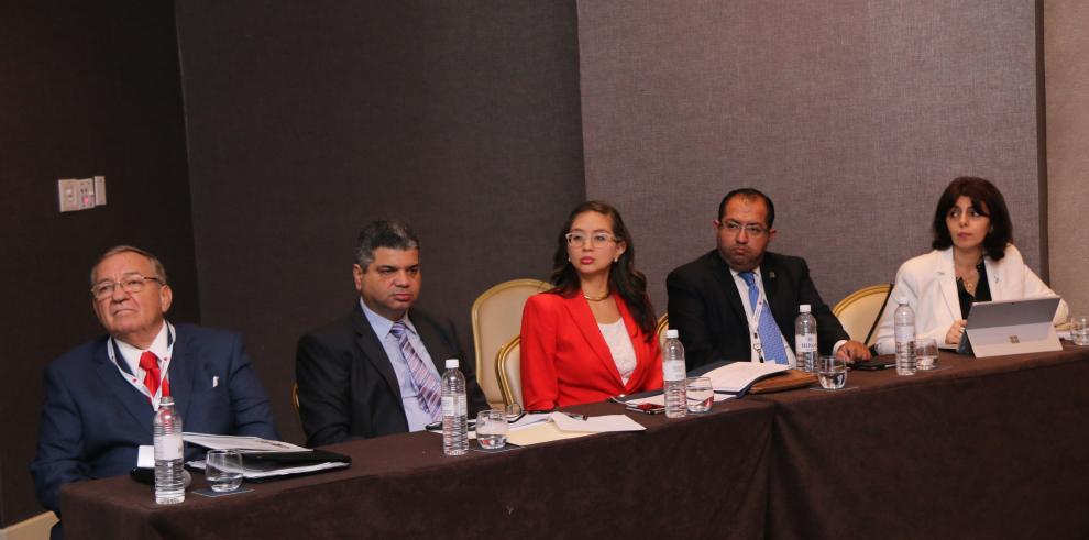 Ministra Romero destacó avances en la gestión penitenciaria en Conferencia de la FIA