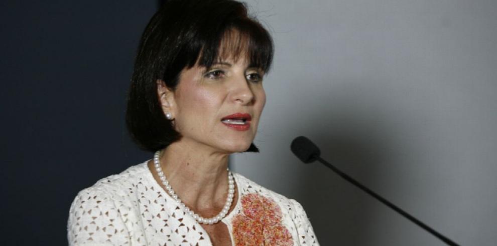 Yanibel Ábrego encabeza la nueva coalición para presidir la Asamblea