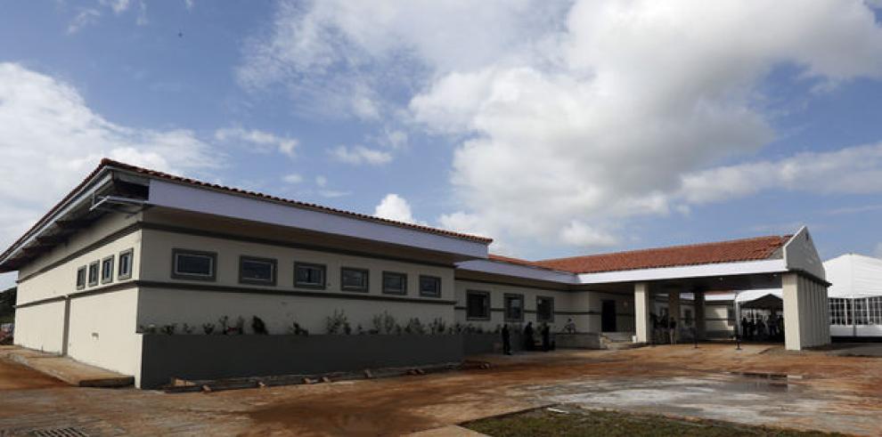 Muere recluso mexicano en La Joya, tras resbalar y caer