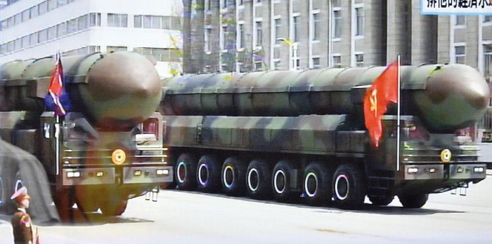 Acuerda un nuevo tratado para prohibir las armas nucleares