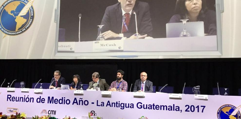 'El Gobierno insiste en control de medios', Eduardo Quirós
