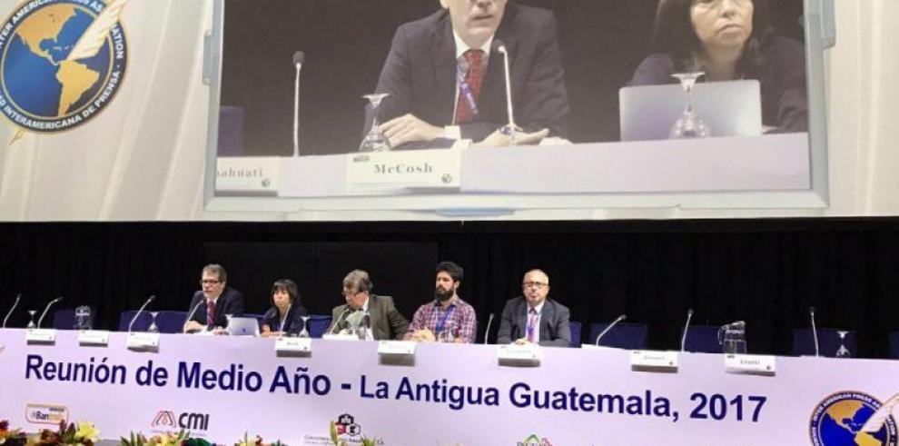Estados de A.Latina son cómplices de corrupción, según expertos en la SIP