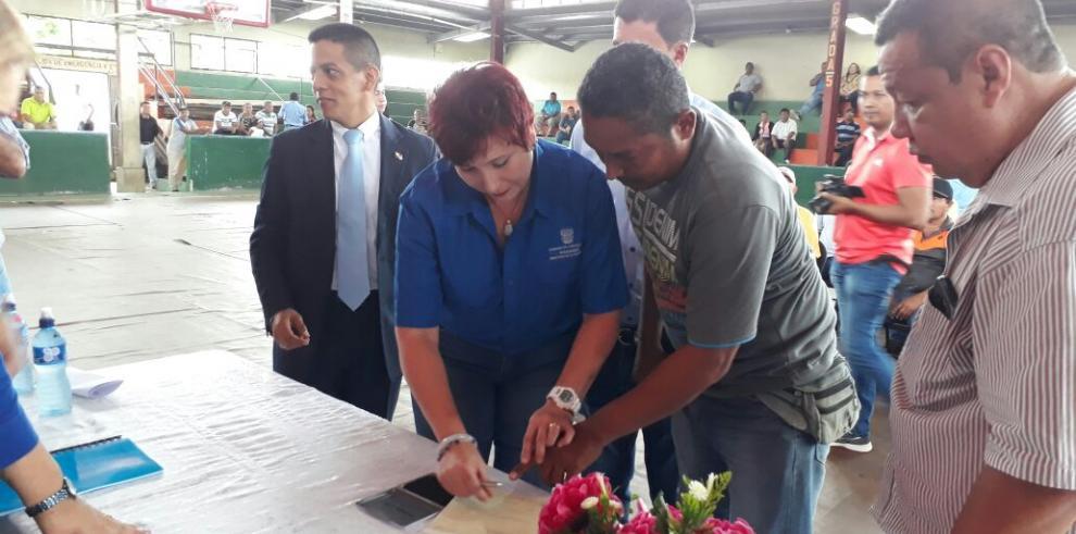 Gobierno paga $1.3 millones a arrendadores de tierras en Barú