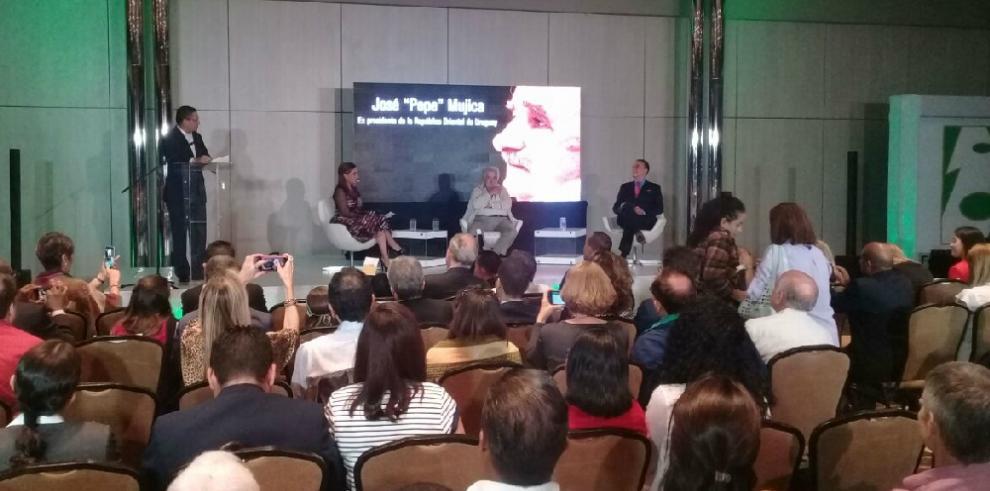 José 'Pepe' Mujica: La política no es para los empresarios