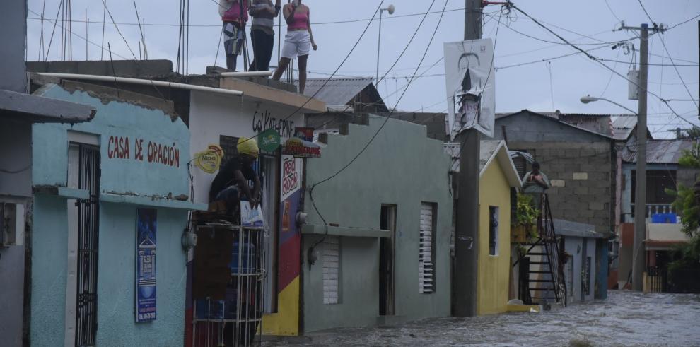 Irma deja sin electricidad a miles de personas en República Dominicana