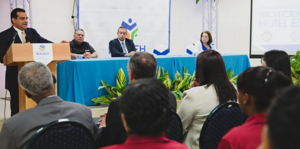 Proyecto Hotel Escuela, promete plazas de empleo