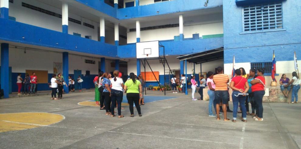 Estudiantes de la escuela República de Venezuela inician clases mañana