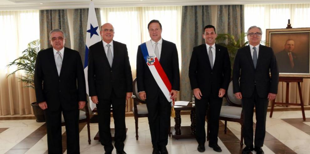 Tres embajadores presentan sus cartas credenciales a Varela