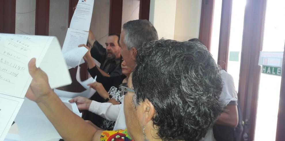 Con más de 3 mil firmas piden crear una comisión internacional