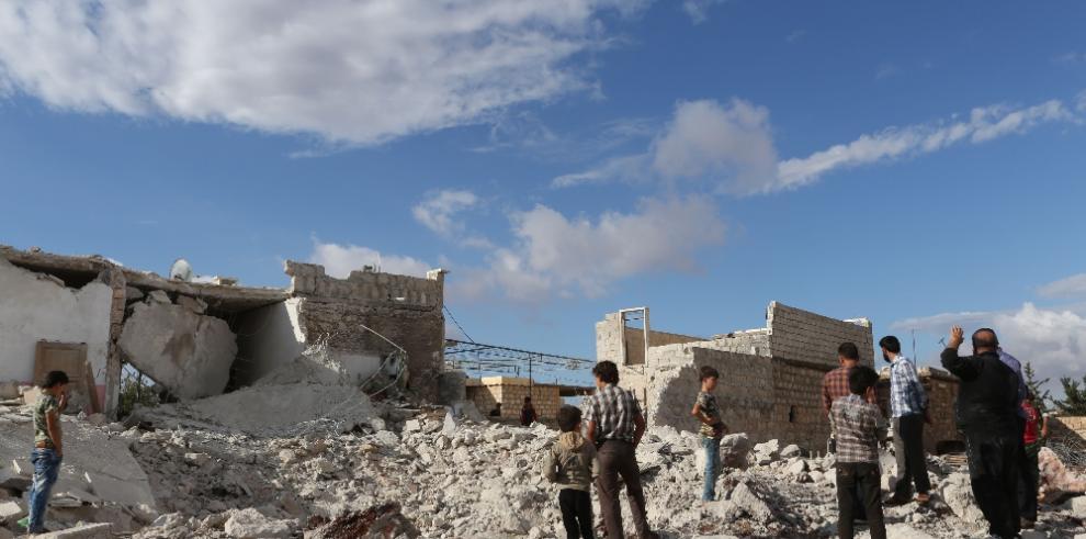Ascienden a 60 los fallecidos por explosión al norte de Siria