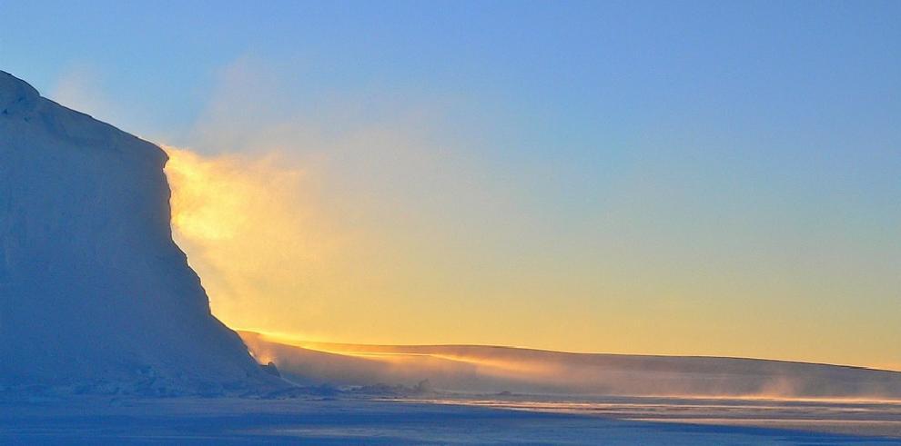 Científicos turcos parten hacia Antártida