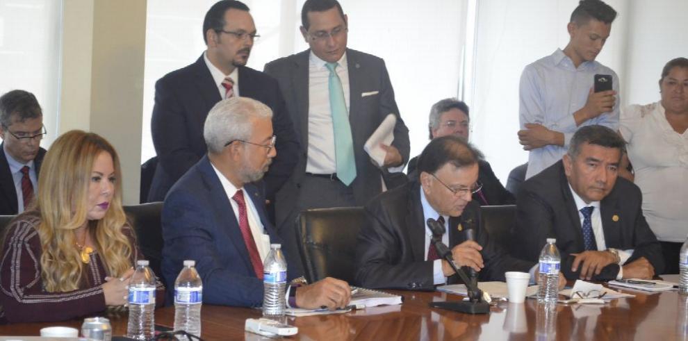 La ACP evaluará nuevas opciones para el puerto de Corozal
