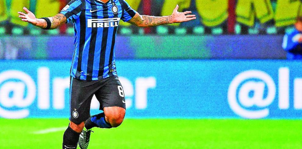 Palmeiras ficha al internacional Felipe Melo